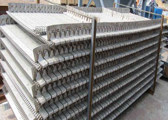 China Stainless Steel Conveyor Belt / Wire Mesh Belt Conveyor Heat Resistance supplier